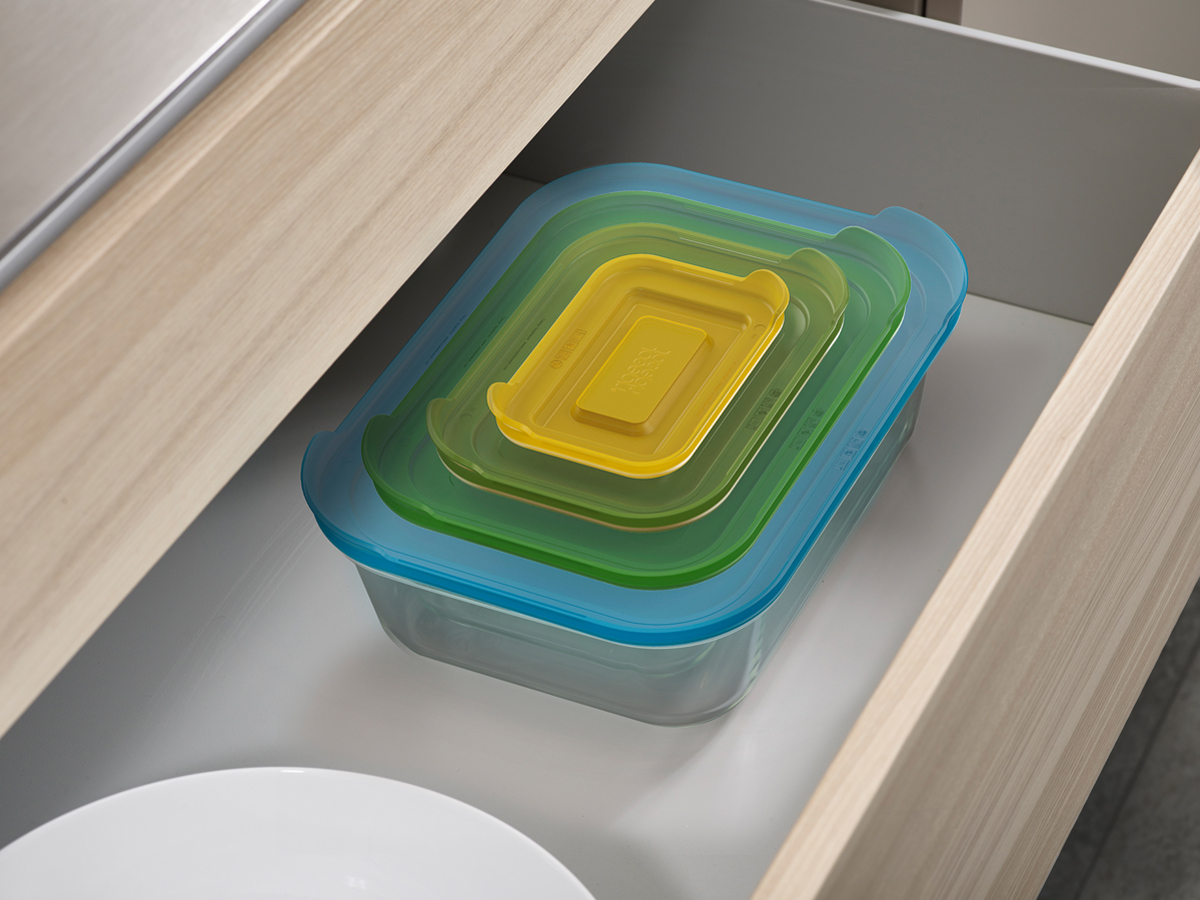 Nest Glass Storage Stored