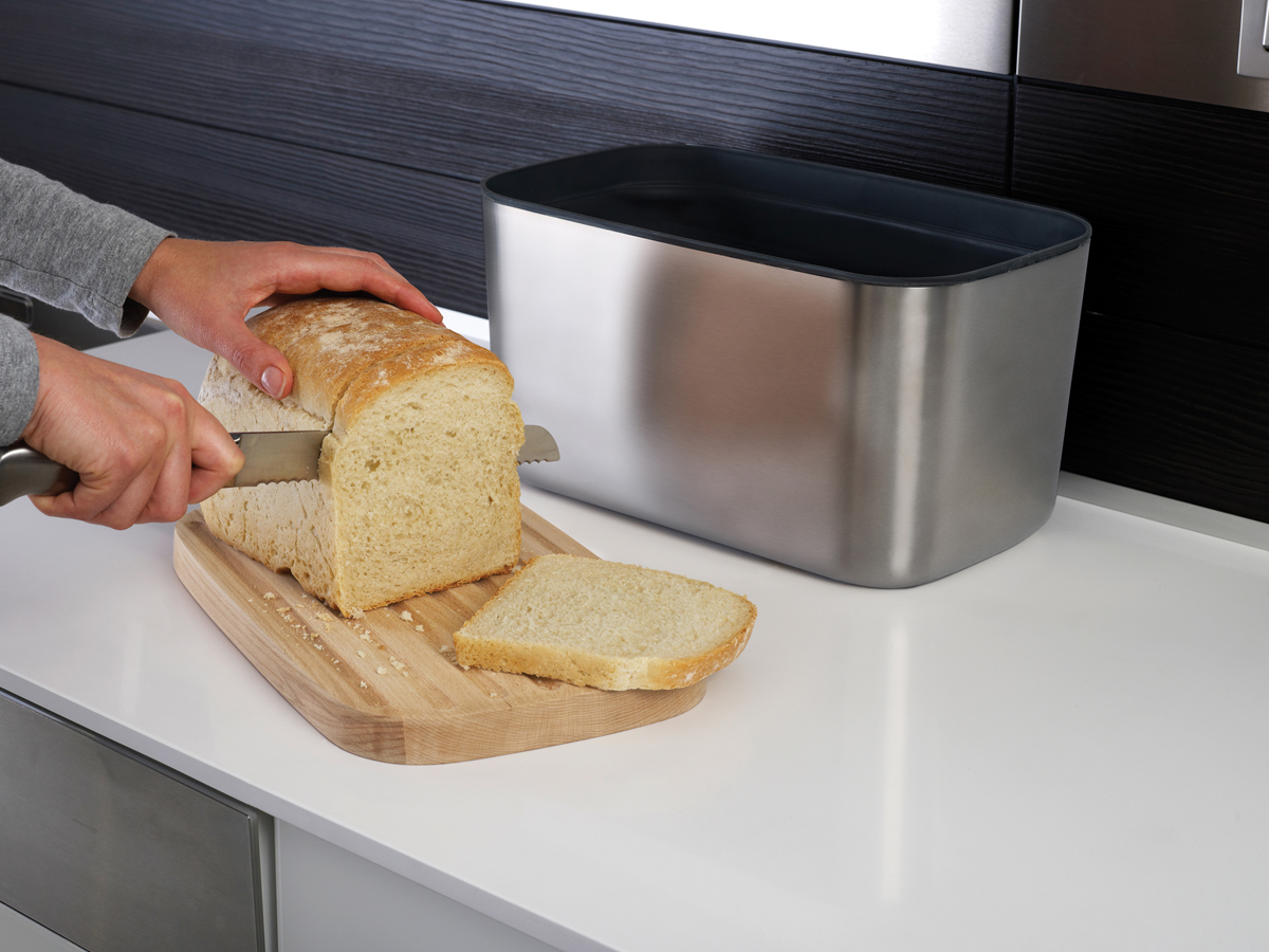 Bread Bin 100 In Use Slicing Bread