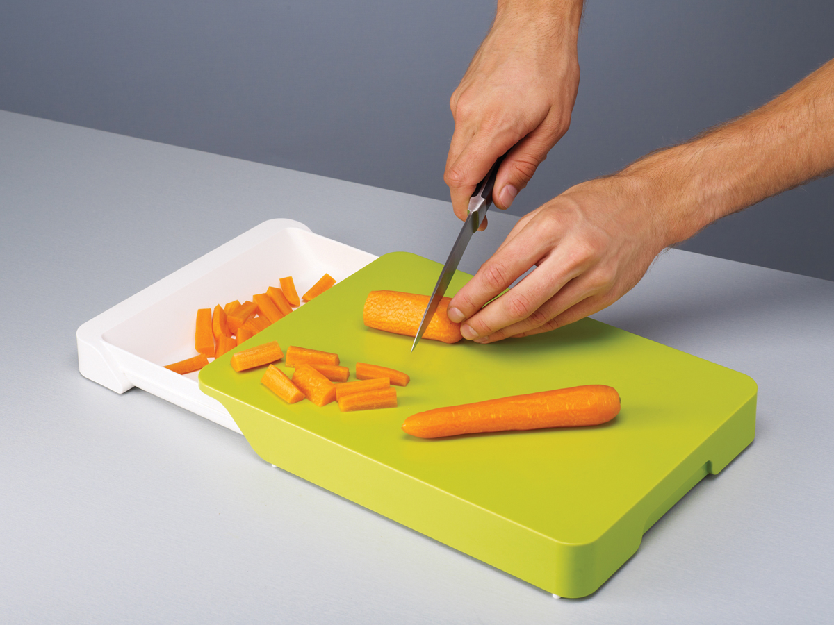 Cut&Collect Plus In Use Chopping